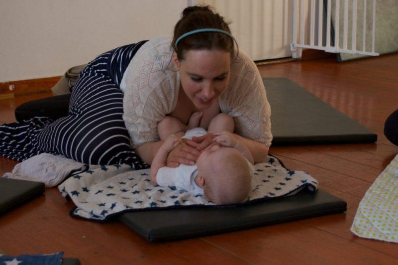 knuffelen met je baby amsterdam