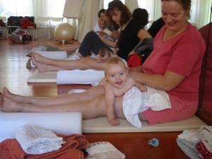 baby massage 4